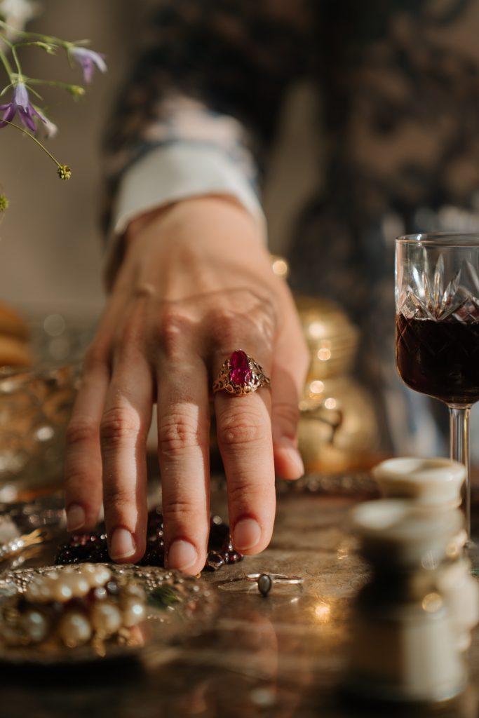 royal red vintage wine